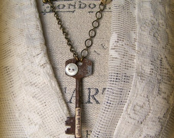 Altered Skeleton Key Necklace Altered Key Necklace Antique Skeleton Key Vintage Rhinestone Necklace Vintage Gypsy Jewelry Vintage Pearl