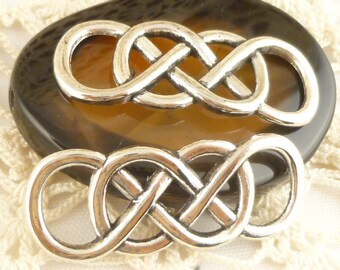Celtic Knot Connector Antiqued Silver (4) - SF93