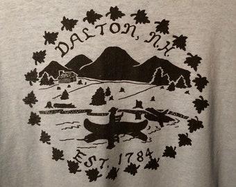 Vintage Dalton NH tourist shirt screen stars best L