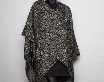 UNIQUE model / Cape wool mohair/stole/original warm and cozy/black and white/creation handcrafted woman/one size