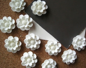 White Push Pins, Flower Thumbtacks, Flower Tacks, Cottage Chic Tacks,  Housewarming Gifts, Hostess Gifts, Wedding Favors