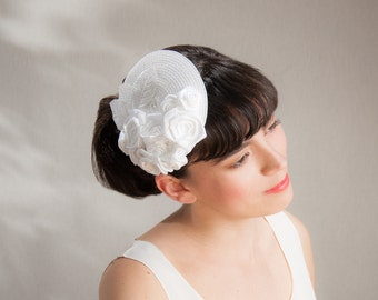 Bridal Fascinator Rose, Vintage Hair Accessories, White Wedding, Elegant Bridal Headpiece, Satin Hair Accessories, Satin, Wedding, Offwhite