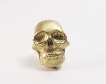 Bague tête de mort or dorée skull