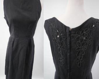 Vintage Floral-detailed Black Dress xs/sm/med 1960s