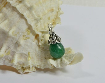 Emerald Green Onyx Drop Wire Wrapped silver art Single Pendant Birthstone Jewelry Gemstone Pendant