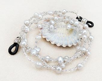 Brillen-Kette, Silber, grau, Süßwasserperlen, Perlen, Perle Classic, Neutral, handgemacht, Geschenk für sie, Geschenk für Frau, Brille Halskette