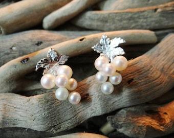 Vintage Retro Grape Earrings Bunch of grapes faux pearls pearl silver tone leaves wine Studs Stud Earrings