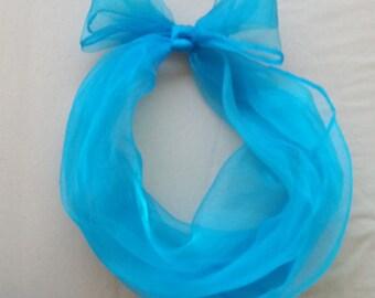 new Beautiful Chiffon hair scarf. size 23 inch x 23 inch vintage pin up rockabilly