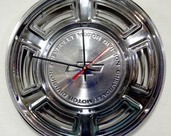 1970 Chevrolet Chevelle Wall Clock - Chevy El Camino Classic Car Hubcap Clock - Chevy Bowtie Hub Cap