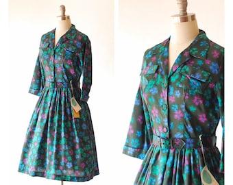 vintage 1950s Kerrybrooke floral print dress / size medium large