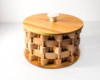 Hand Made Toilet Tissue Holder Made With Oak Wood and Canary Wood