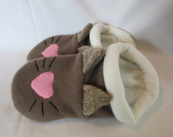 Cat Face Slippers-  Ladies Large-  Sizes 9-10