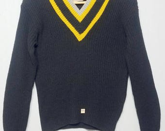 NOS / 1950s Sweater / S - M / V Neck / Preppy / Trad / Varsity / New Old Stock / Deadstock / 1950s Mens Fashion / Cheer / 1960s Sweater