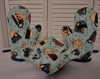 Kitchen Set of Oven Mitts and Microwave Bowl Cozies/Cotton Quilted/Tea Lovers Fabric/Teal Beige Light Blue/Kitchen Use/Insulated/