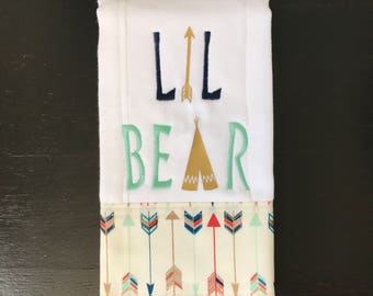 LIL BEAR Personalized Burp Cloth with arrow and teepee