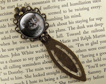 Kitten Bookmark, Cat Bookmark, Gift for Cat Lover, Bronze Bookmark, Book Lover, Book Accessories, Ready Ship, Clip Bookmark, Kitty, Tabby