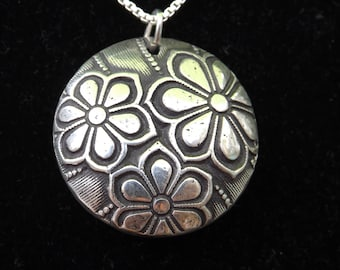 Lazy Daisies necklace, Silver Daisy necklace, gifts for her, gift for friend, sister birthday, friend birthday