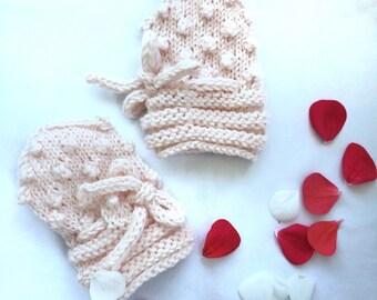 Powder baby mittens, Popcorn knitted newborn mittens, Knit baby mittens