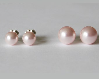 4mm, 6mm, 8mm Light pink pearl stud earrings, Pink pearl earrings, bridesmaid earrings, Flower girl gifts, Wedding gifts, pink earrings
