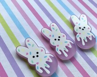 Melty Bunny Pin/Ring