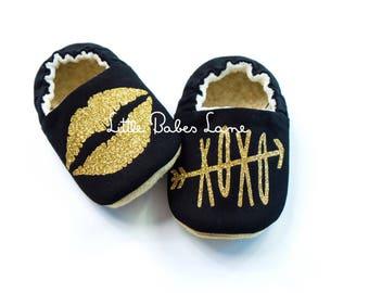 Black Hugs & Kisses Shoes