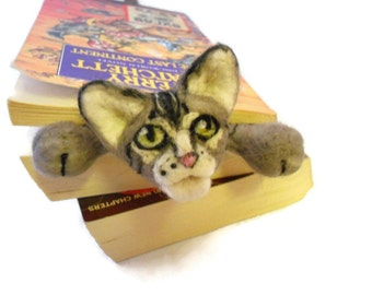 Splat - Needle Felted Cat Bookmark - Custom