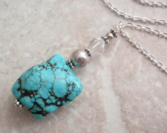 Dyed Howlite Necklace Turquoise Color Chunky Dangle Vintage V0521