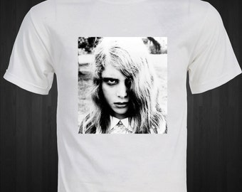 Night of the Living Dead   Original Zombie Living Dead Girl   T-shirt
