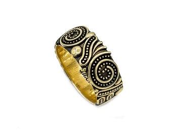 Designer Gold Ring, 18K