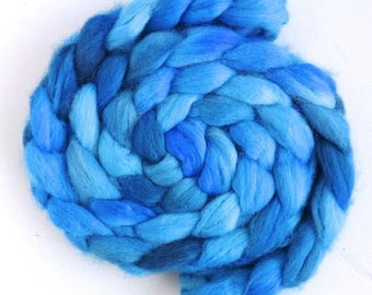 Bright Blue, Shetland Roving - Handpainted Spinning or Felting Fiber