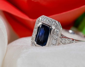 Diamond sapphire engagement ring in Art deco design - blue sapphire ring in white gold setting