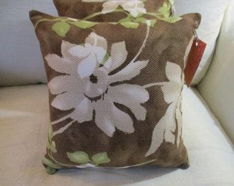 30023 ~ Bold Floral Fun Accent Pillow