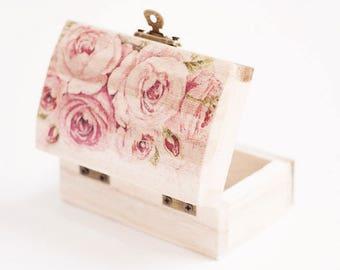 Wedding Ring Box, Ring Bearer Box, Ring Holder, Rustic Ring Box, Roses Ring Bearer Box, Ring Box With English Roses, Ring Pillow Alternative