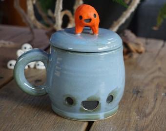 Happy Kawai'i ceramic lidded coffee mug