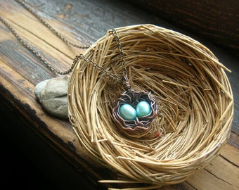 Custom Rustic Robins Nest  necklace Bird nest necklace Copper nest necklace Robin egg  with freshwater pearls mothers day mother grandmother