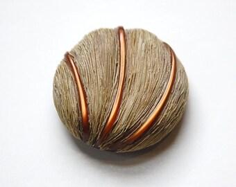 Large Vintage Faux Grass Detailed Plastic Button LG btn021