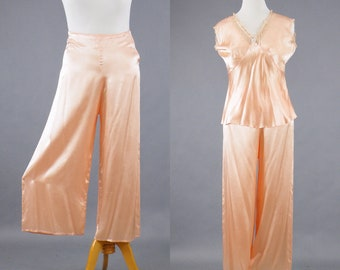 Vintage 1940s Pink Satin Lounging Pajamas, 40s Pajamas, 1940s Loungewear, Wide Leg Pajamas, Syl-O-Jama by Schrank, M/L
