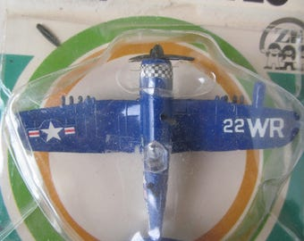 DYNA  Flites   Airplane  -  22 WR - DB - Vintage Die Cast  Plane