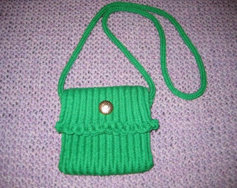 Knitted Green Purse
