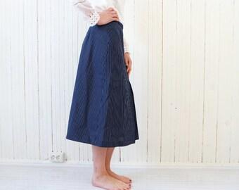 Front pleat retro skirt Stripy blue skirt Navy blue skirt A-line skirt Mid length skirt Pleated skirt size Small