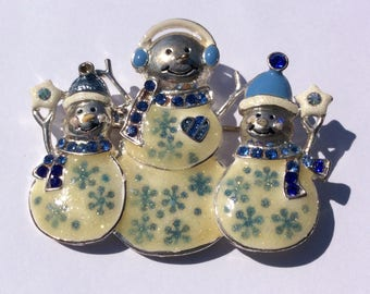 Signed KC Vintage Snowmen Brooch, 3 Sparkling Enamel Silver tone with blue and Clear Rhinestones, Christmas Jewelry, Winter , Novelty pin