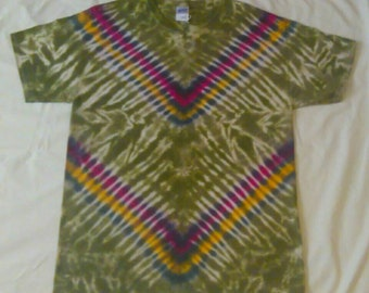 Large Tie Dye Gildan Ultra Cotton T-shirt
