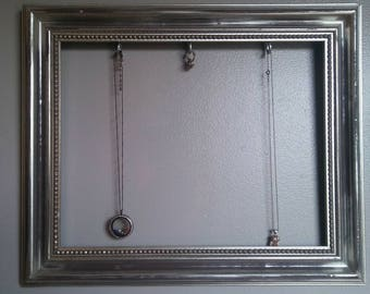 Silver Distressed Picture Frame Jewelry Holder