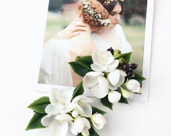 White flower hair clip-brooch berries hair clip white blossom piece wedding hair piece bridal hairclip flower head piece wedding hair piece