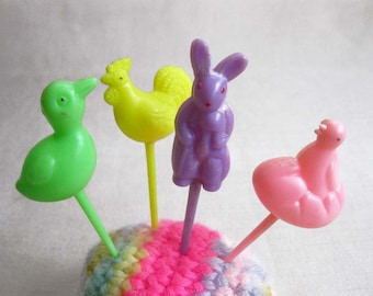 Set of 4 Vintage Easter Cupcake Topper Picks, Colorful Cake Decorations, Party Picks, Party Favors, Bunny & Bird Molded Plastic Decorations