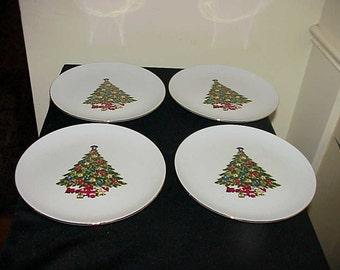 4 Jamestown Christmas Treasure Salad Plates EUC