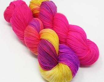Fairy Basslet  -  100g - 4 Ply / Sock - Superwash Merino / Nylon - Hand Dyed Yarn
