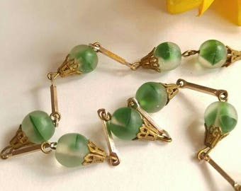 Vintage green glass beads necklace gold tone