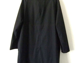 Vintage MAC black Mac coat