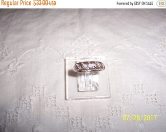 SUMMER SALE 20% OFF, Vintage 5 Clear Cubic zirconias wedding or engagement ring. Sterling silver.